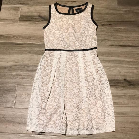 Cynthia Rowley Dresses & Skirts - Lace Dress